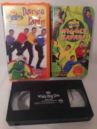 THE WIGGLES Lot 3 Pc VHS Video Tapes - Steve Irwin Wiggily Safari & More