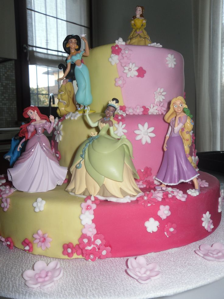 torta con principesse Disney