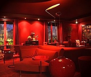 Lyon hotel restaurant | French Cuisine Lyon | Le Royal hotel Lyon. Relaxing drinks with our lovely new daughter-in-law!