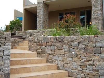 Cotswold Stone Cladding Sareen Stone