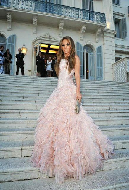 social wardrobe celebrity style jennifer lopez prinzessinnen