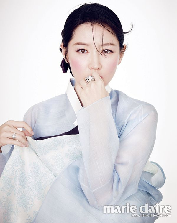 2014.02, Marie Claire, Lee Young Ae