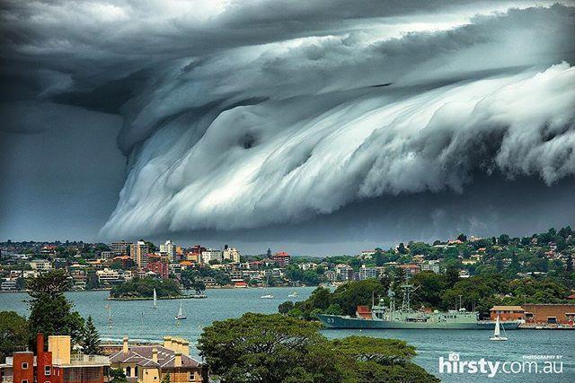 6 November 2015: thunderstorm over Sidney