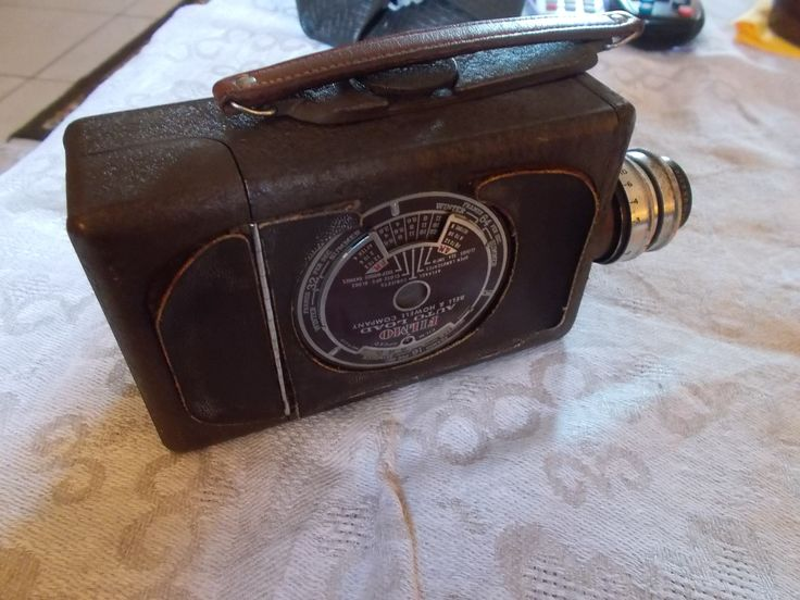 1940's BELL & HOWELL FILMO Auto load personal movie camera $70  #camera #vintage https://www.etsy.com/shop/mademeathens