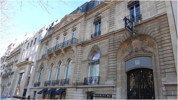 Hôtel La Riboisière (XIXe) 50, avenue Montaigne Paris 75008.