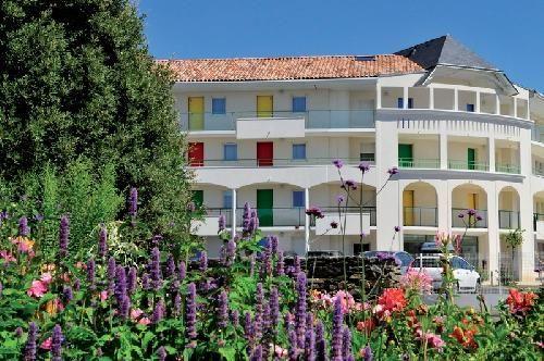 Les Jardins de l'Amirauté Les Sables d'Olonne - Appartement 4 personnes prix promo Location Les Sables d'Olonne Locasun à partir 193.00 €