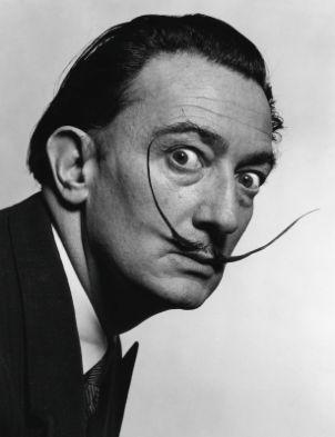"""Salvador Dalí (1904-1989). Fue pintor, escultor, grabador, escenógrafo y escritor español. Vanguardia: Surrealismo. Obra: """"La persistencia de la memoria"""" (1931)."""