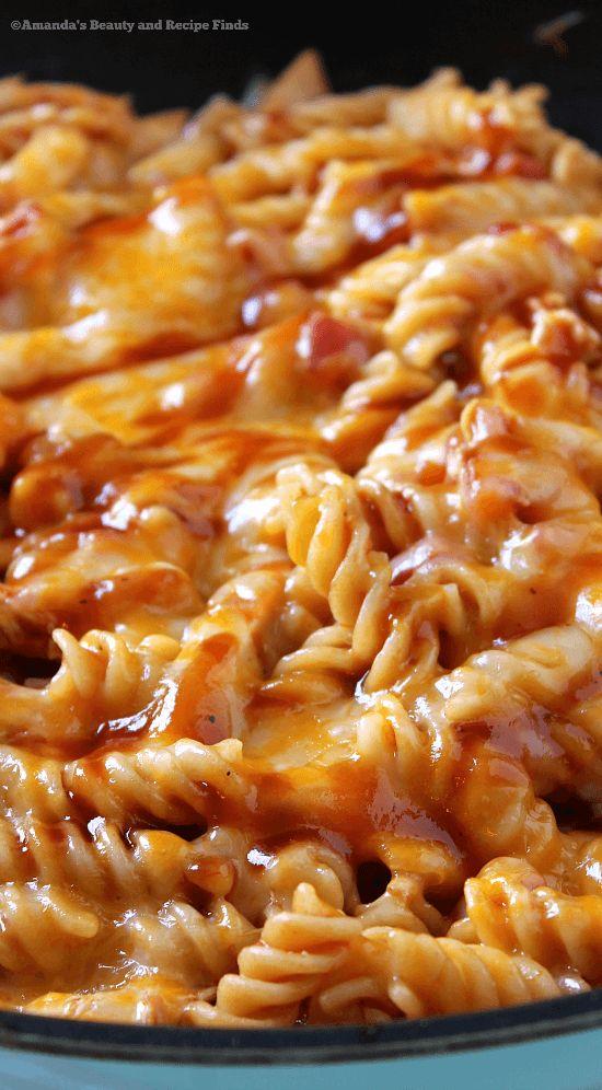 One Skillet BBQ Cheesy Chicken Pasta Recipe / myfindsonline.com
