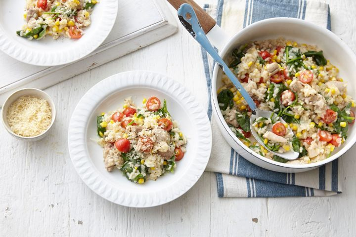 Quick-cook chicken risotto