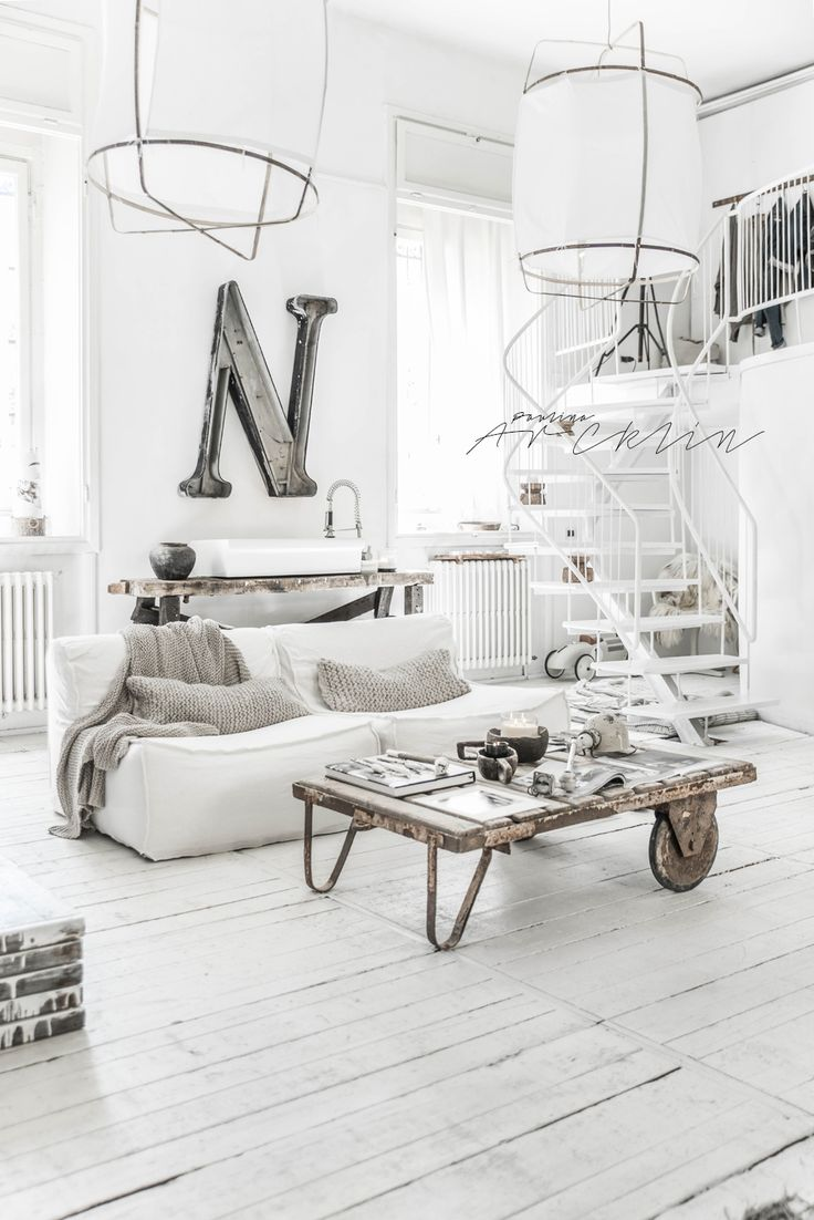 WHITE LINEN SLIPCOVERS TO MY LOUNGES | PAULINA ARCKLIN | Photographer + Photo…