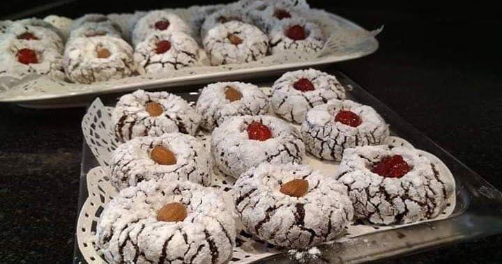غريبة المعلكة بالكاوكاو والكوك طريقة جديدة وسهلة مقادير رابعة كاوكاو مطحون بلا تحمار رابعة كوك رابعة سكر كلاصي خمارة ديال 16 غ 2معال Food Breakfast Muffin