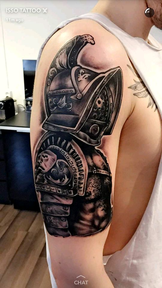 the 25 best ideas about gladiator tattoo on pinterest spartan tattoo lions 247 and shoulder. Black Bedroom Furniture Sets. Home Design Ideas
