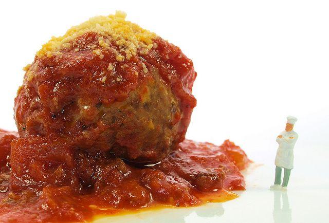 That'sa onea spicy meat-a-balla! Plop, plop, fizz fizz...