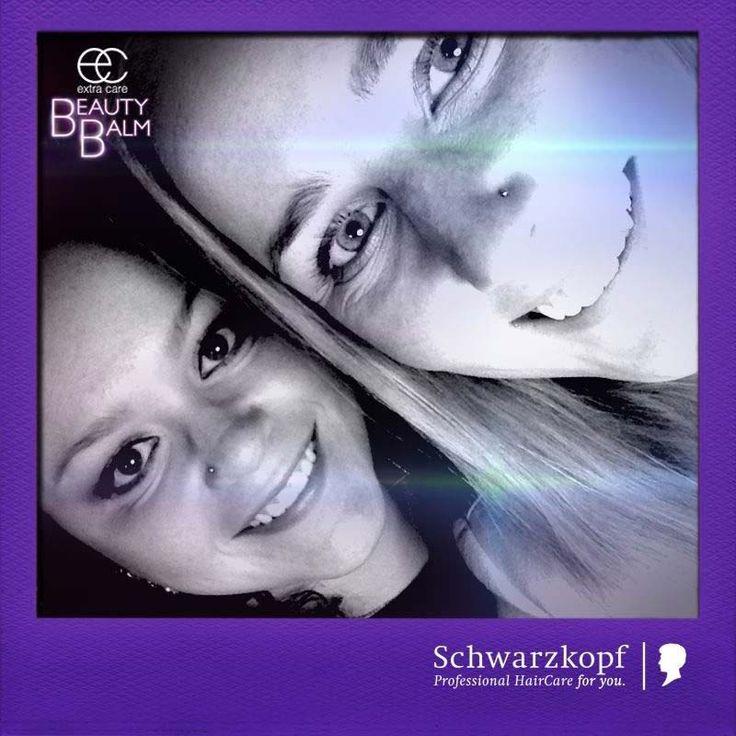Interlike 'selfie area' at SCHWARZKOPF – EXTRA CARE BB 11 IN 1 HAIR BEAUTIFIER LAUNCH