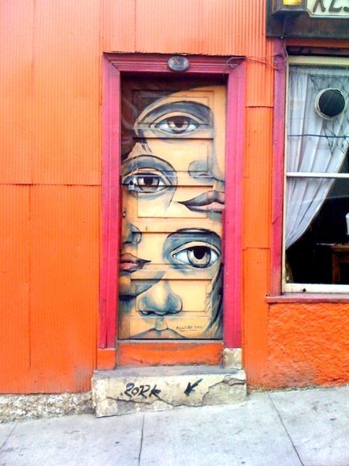 Valparaiso: The graffitti here is absolutely beautiful.
