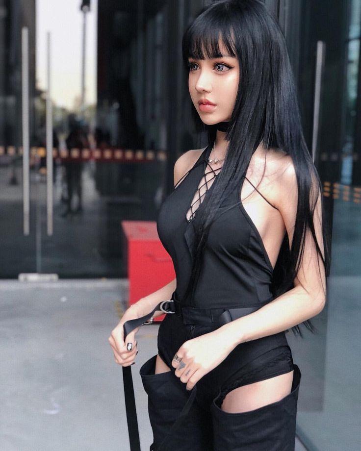 Korean Model Escort In Paris, Asian Escort Babes