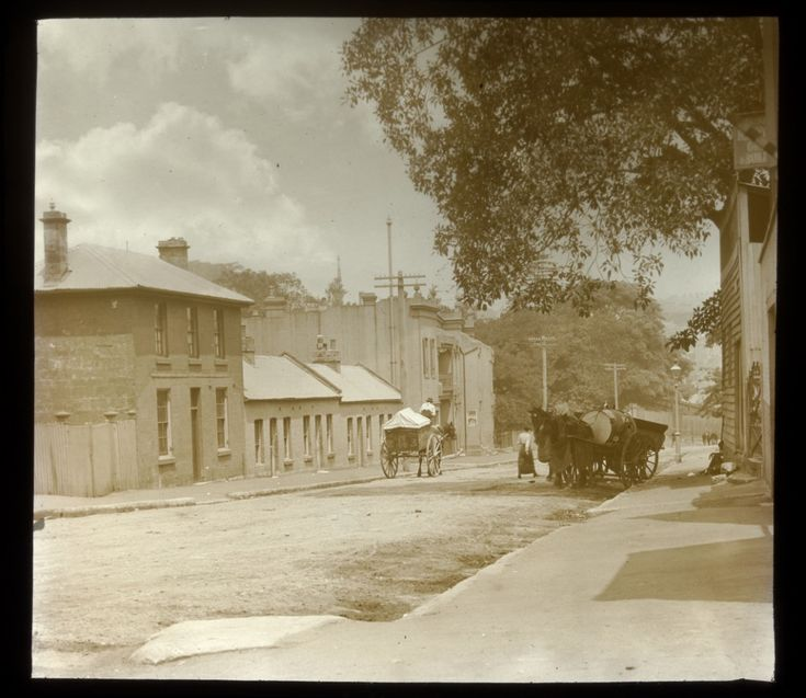 A Paddington street view,in the eastern suburbs of Sydney in 1917.A♥W