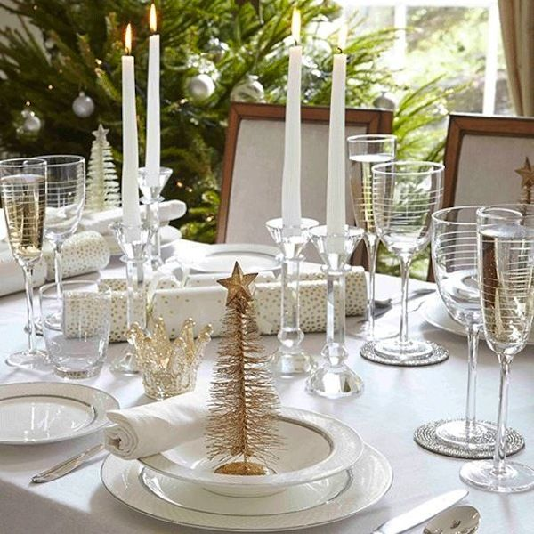 153 best Christmas table settings images on Pinterest | Decorating ...