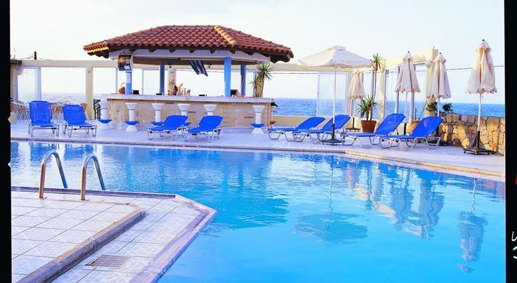Last Minute: 7 Nächte auf Kreta mit Flug, Transfer, Halbpension & Studio im 4-Sterne Hotel direkt am Strand ab 313 € - Urlaubsheld | Dein Urlaubsportal