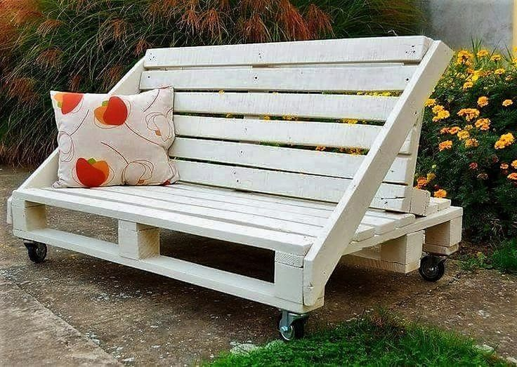 pallet bench on wheels