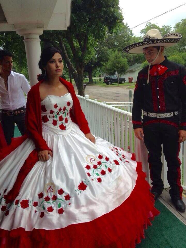 an analysis of the la quinceanera of mexico Quinceañera: quinceañera it is celebrated in mexico, latin america although the quince observance originally signified that the girl was prepared.