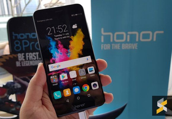 The honor 8 Pro is big on everything except the price  Everyone loves a bargain especially when you can find a phone that offers more for less. Unfortunately due to our unfavourable foreign exchange rates there arent much bargain flagship smartphones these days. The rather recent OnePlus 3T/5 and Xiaomi Mi Note 2 are priced well above the RM2000 mark and if youre looking for anything cheaper you would have to settle for a mid-range alternative.  Now thats no longer the case with the arrival…