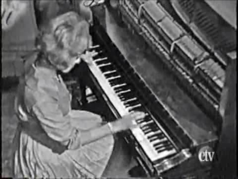 "Ragtime pianist Jo Ann Castle plays Baby Face on the Lawrence Welk Show ""A Pretty Girl"" in 1961."