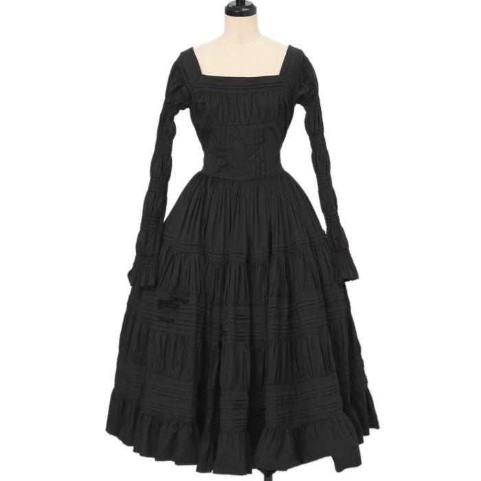 Worldwide shipping available ♪ Juliette et Justine ☆ ·. . · ° ☆ Tiered Long Dress https://www.wunderwelt.jp/en/products/w-16084  IOS application ☆ Alice Holic ☆ release Japanese: https://aliceholic.com/ English: http://en.aliceholic.com/