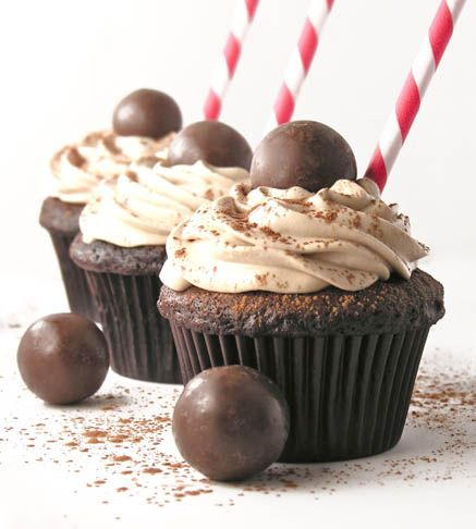 Malted Milkshake Cupcakes - an adorable party treat! http://easybaked.net/2013/08/09/malted-milkshake-cupcakes/