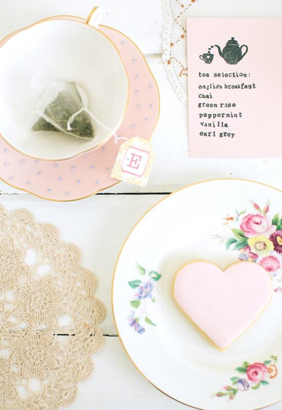 hello naomi: white magazine kitchen tea x