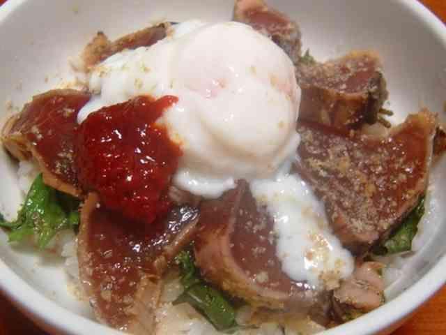 韓国風かつお丼*大葉にんにく醤油漬けの画像