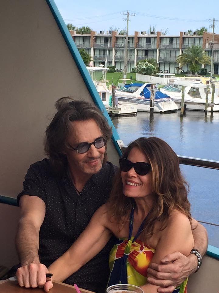 Rick Springfield & his wife ❤️