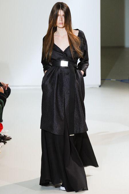 Yang Li Spring 2014 Ready-to-Wear