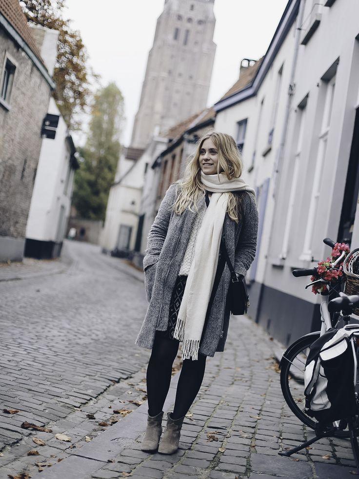 Letzte Woche habe ich ein Tag in Brügge verbracht und zeige euch im heutigen Post meinen Look sowie meine Highlights aus der schönen Stadt.