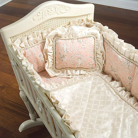baby cradle bedding!! LOVE...