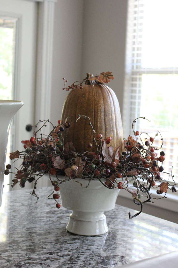 fall wreath and pumpkin, fall kitchen display