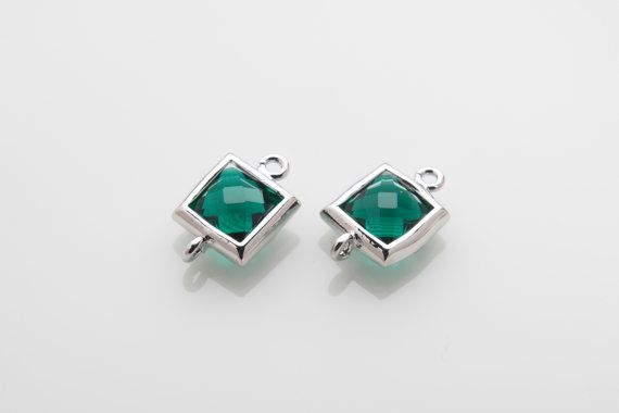 10% OFF For 10 Pieces Emerald Glass Connector, Square Glass, Polished Rhodium  Plated Over Brass - 10 pieces / SGLP0003G/EMERALD/PR