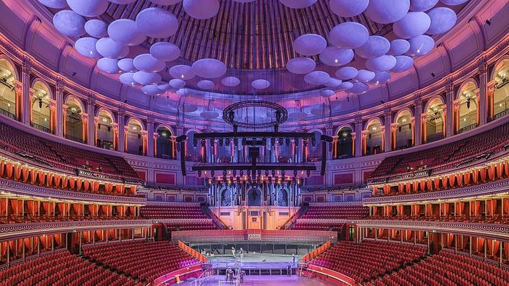 Colin, from Britain, waited for Open House London to take a photo of Royal Albert Hall. He hauled a tripod to the central box of the grand tier, and set to work, hoping the light wouldn't change as he pieced together a high-resolution composite image, giving music lovers a glowing view of the legendary venue. The photo took second place.