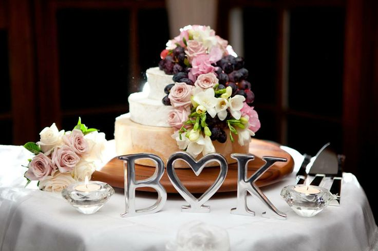 The couple chose to have a cheese cake rather than a traditional sweet cake