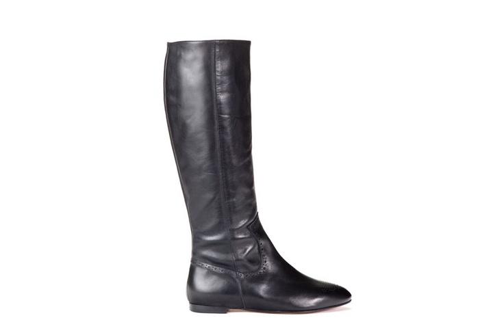 Parade Black, knee-hi flat boot, leather, brogue detail, black