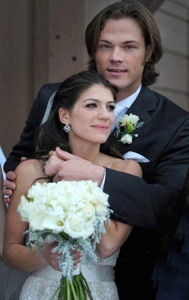 Mi On Jared Supernaturaljared Padalecki Weddingjensen Ackles Padaleckithomas Padaleckigenevieve Cortesegoalsblack
