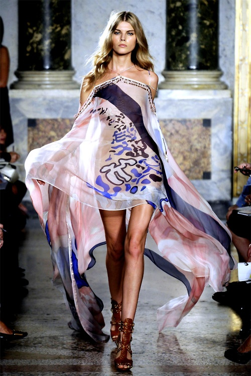 Pucci....LoVe this dress!!!!!!