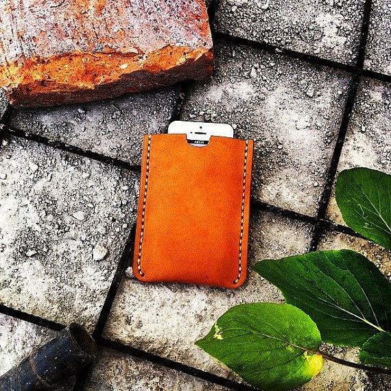 Pouch Zunge for iPhone 5/5c and 5s