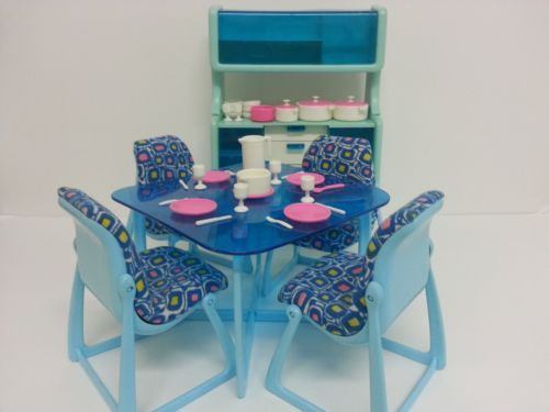 Barbie 1977 Vintage Dream House Blue Dining Table Chairs Kitchen Hutch Cabinet | eBay