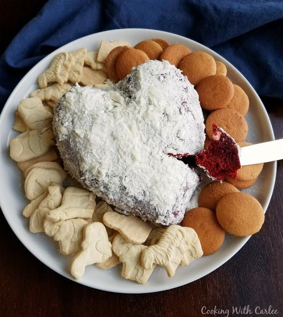 http://www.cookingwithcarlee.com/2015/02/red-velvet-cheese-ball.html