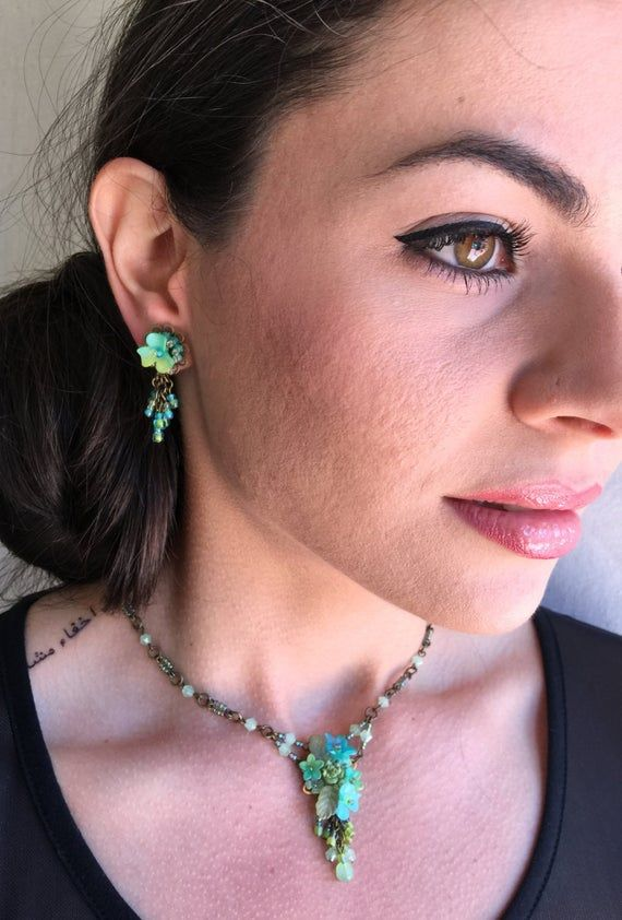 green bead necklace and stud matching earrings