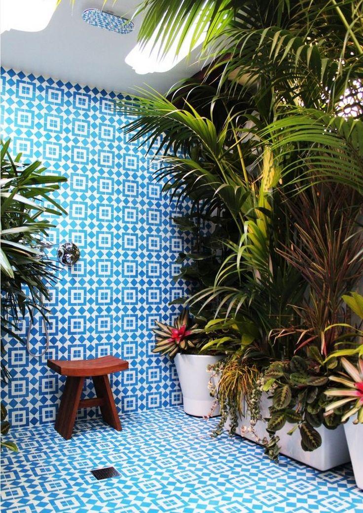 Bagno tropicale blu