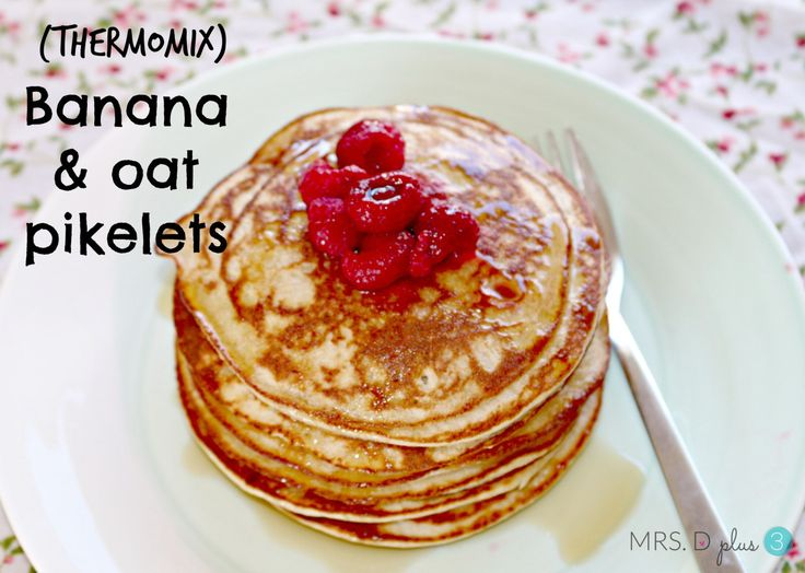 banana oat pancakes in thermomix