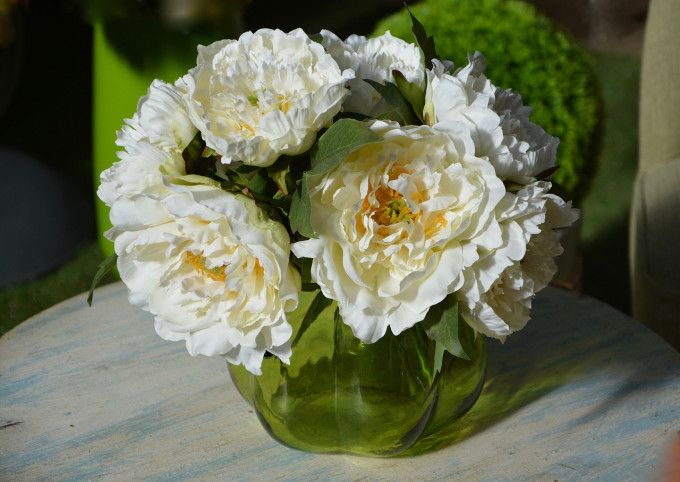 Haz Que Tus Jarrones Con Flores Duren Más Con Estos Tips Jarron De Flores Jarrones Arreglos Florales