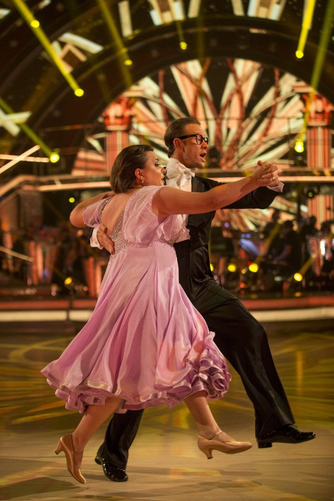 Susan Calman, Kevin Clifton - Wk 4 | Strictly come dancing
